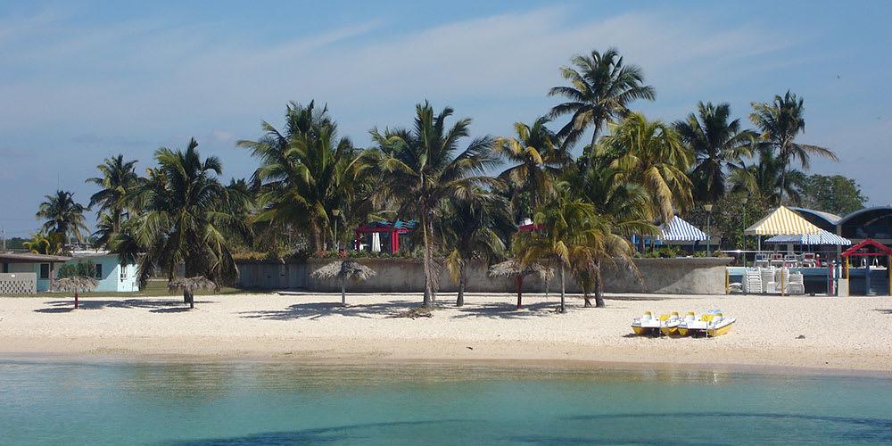 Hotel playa giron cuba hotel alojamiento todo incluido for Gimnasio 88 torreones avila