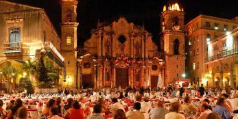New Year's Eve dinner at the Plaza de la Catedral